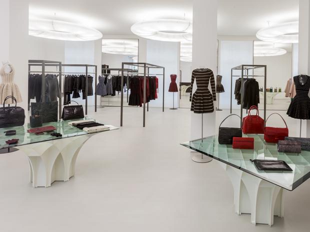 azzedine ala a 5 rue de marignan boutique 8e On azzedine alaia store
