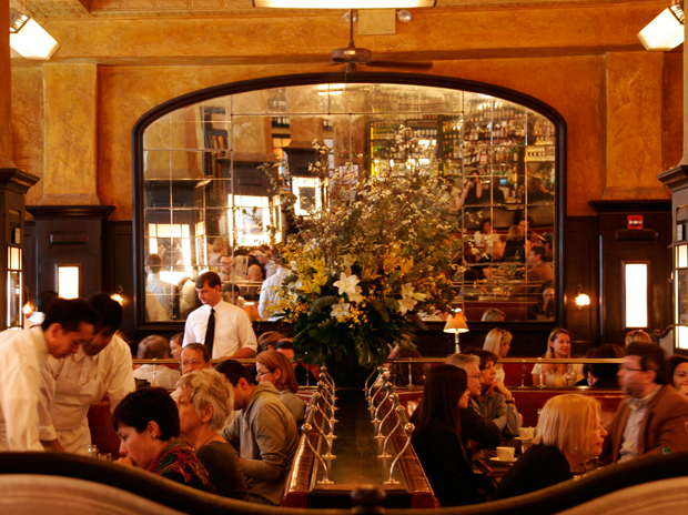 Keith mcnally restauranteur new york and london for Balthazar reservations