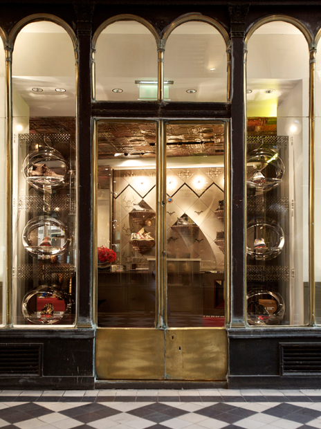 Christian Louboutin Men´s Boutique 9