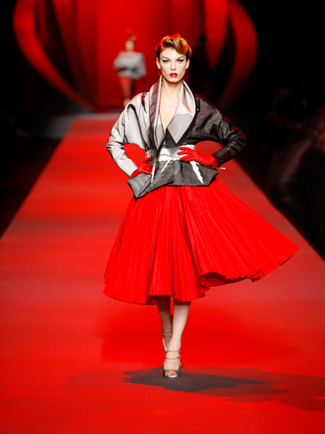Haute Couture Christian Dior SS2011 3.  EMBROIDERED OFF WHITE SILK AND BLACK DÉGRADÉ TULLE JACKET AND RED SILK SKIRT.
