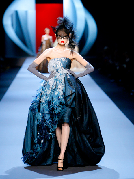 Haute Couture Christian Dior SS2011 30.  EMBROIDERED BLUE SILK AND BLACK DÉGRADÉ TULLE DRESS.