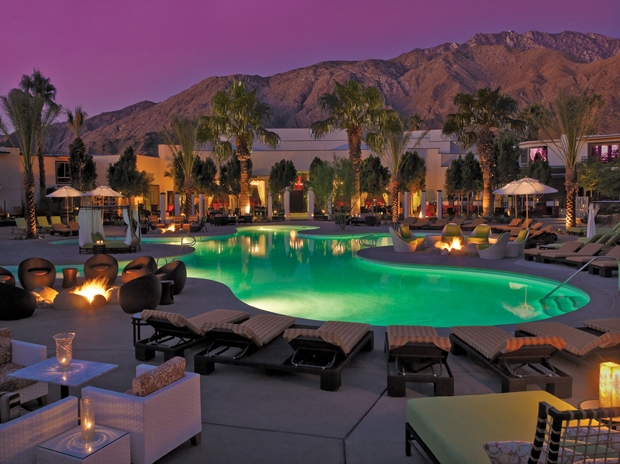 Palm Springs 18 - Riviera Resort Spa - Evening by the Pool