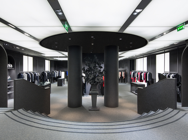 Viktor&Rolf Paris Boutique 8